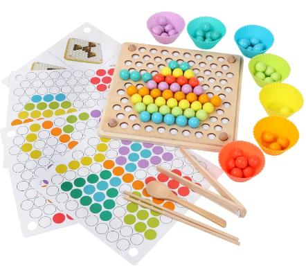 """Se procurarem por """"Montessori Toys"""" no AliExpress, encontram muita diversidade de brinquedos - como estes! :)"""